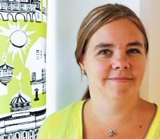 Rinnekoti-Säätiön johtava psykologi Emmi Tuomi painottaa, että kehitysvammatyössä ennakko-odotukset eivät yleensä päde.