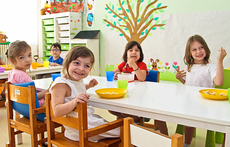 Elepap-keskuksessa toimii yksityinen päiväkoti kehitysvammaisille lapsille.