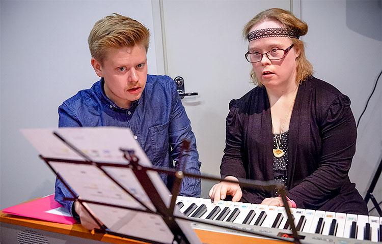 Juuso Torpakko on innostava opettaja, joka ottaa huomioon jokaisen soittajan omat erityistarpeet.