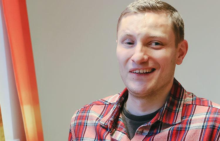 Tapio Haanperä pyrkii kehittämään entistä saavutettavampia ja käyttäjäystävällisempiä verkkopalveluita.
