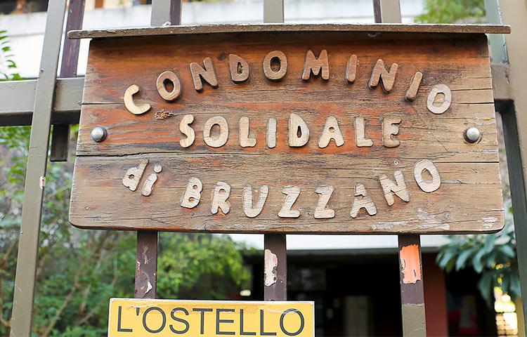 Condominio solidale di Bruzzanossa toimii myös hostelli, jossa on usein työharjoittelussa kehitysvammaisia nuoria.