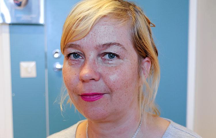 Susanna Hintsala toimi IASSID-kongressissa kehitysvammaisten kongressiedustajien tukihenkilönä.
