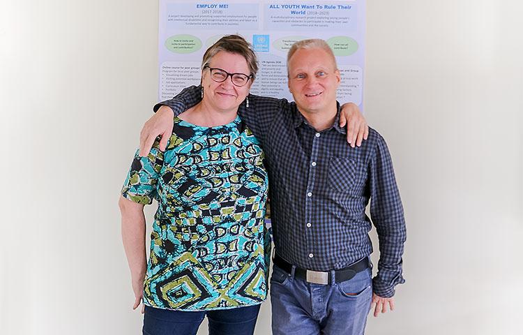 Katariina Hakala ja Simo Klem tekevät työtä, jotta kehitysvammaiset ihmiset saisivat työtä.