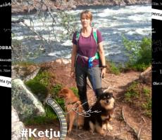 Kuvassa Teija Taskinen kuohuvan Inarin joen varrella jaloissaan ystävänsä koirat Lalli ja Hörri