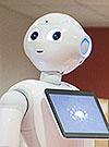 Lähikuva robotista.