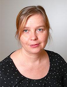 Susanna Hintsala lähikuvassa.