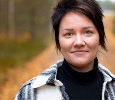 Lähikuva Laura Tanskasesta.